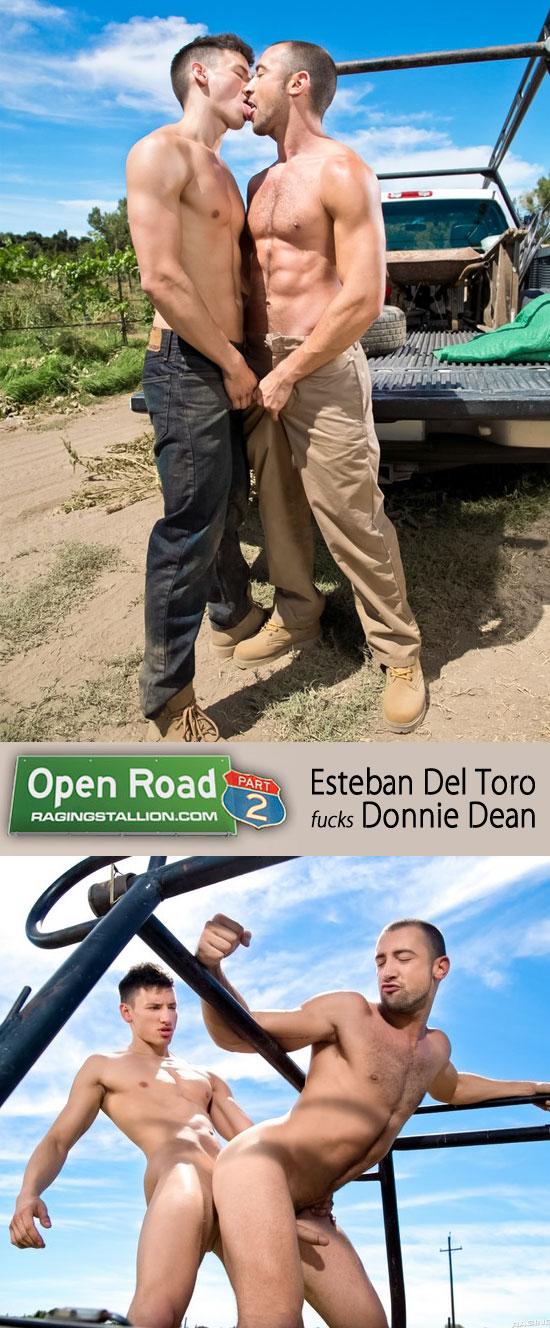 Esteban Del Toro fucks Donnie Dean